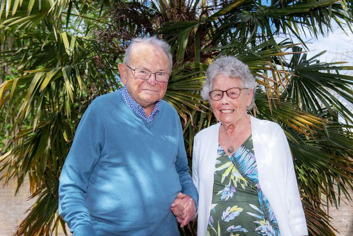 Nijmegen,   - Echtpaar Pluijm, 70 jaar getrouwd, zijn in de 90 en leven zelfstandig in Brakkenstein   Foto: Bert Beelen   Dgfoto