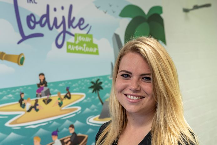 Gwenn Singewald (24) werkt als leerkracht van groep 8 aan IKC Lodijke in Bergen op Zoom