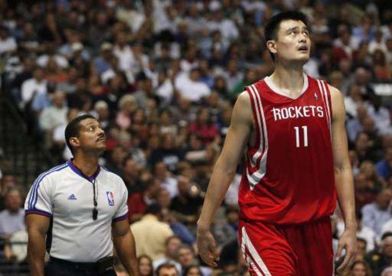 Yao Ming was de grote man bij de Houston Rockets. Beeld