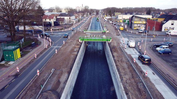 De splinternieuwe verkeerstunnel bij Balkbrug gaat volgend weekend open voor verkeer.