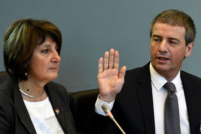 La présidente de la Commission Publifin, Olga Zrihen (PS) et Stéphane Moreau.