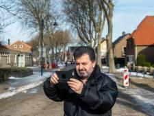 Farhad is gezicht van een grote vrijwilligerscampagne: 'Er wonen hier zoveel mensen en ik mag mijn verhaal vertellen. Wow'