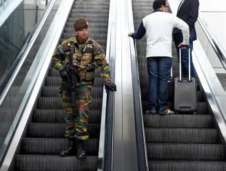 Steeds minder militairen in het straatbeeld