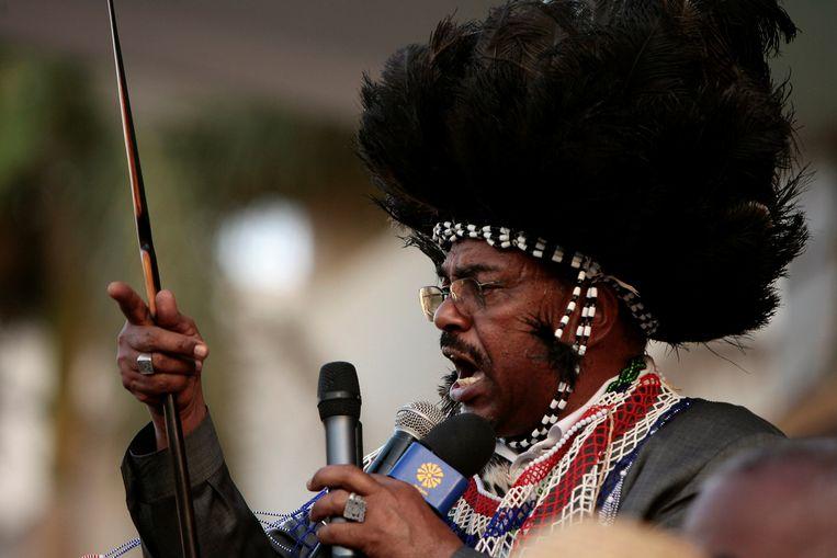 Omar Hassan al-Bashir spreekt Zuid-Sudanese demonstranten toe in Khartoem, 2009.  Beeld Reuters