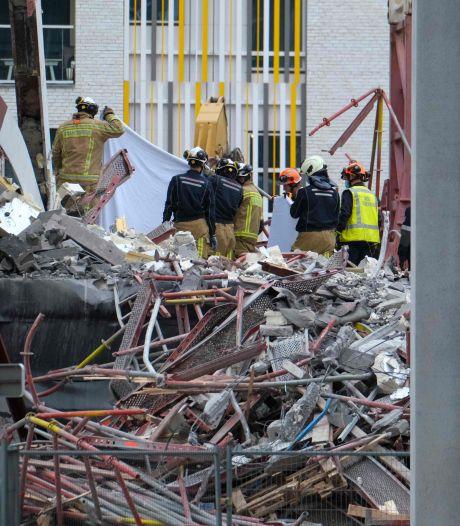 Vierde en vijfde lichaam gevonden na ingestorte steiger Antwerpen, Belgische koning bezoekt plek