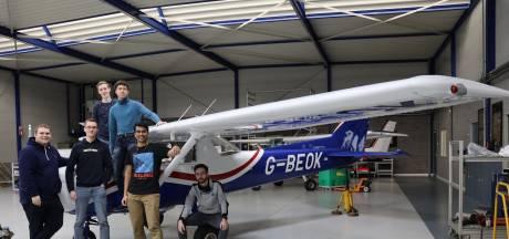 Ready for takeoff! TU/e-studenten vertimmeren vliegtuig tot elektrisch exemplaar