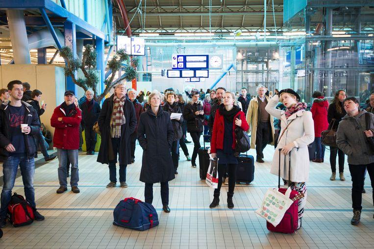 Gestrande reizigers op Utrecht Centraal. Beeld anp