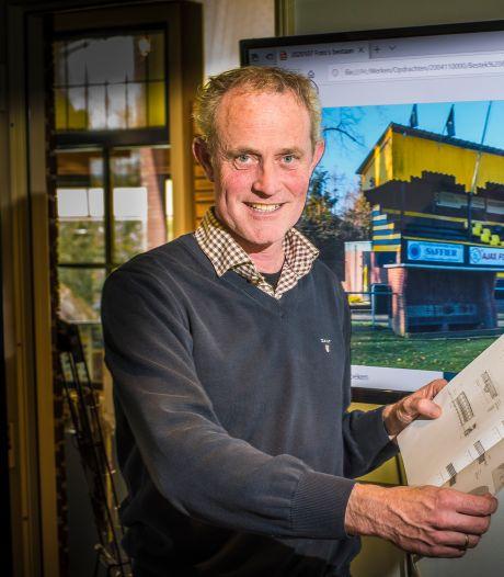 Restauratiespecialist zet Engelse tribune weer in elkaar: 'Hij moet hier en daar wel wiebelen, voor het echte gevoel'