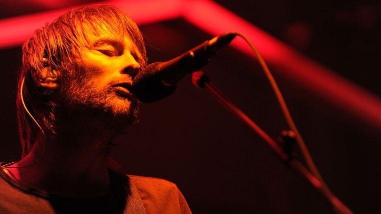 Thom Yorke van Atoms for Peace op Coachella Valley Music & Arts Festival 2010. Beeld getty
