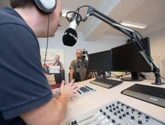FM Goud pakt uit met 'Houvast Radioshow'
