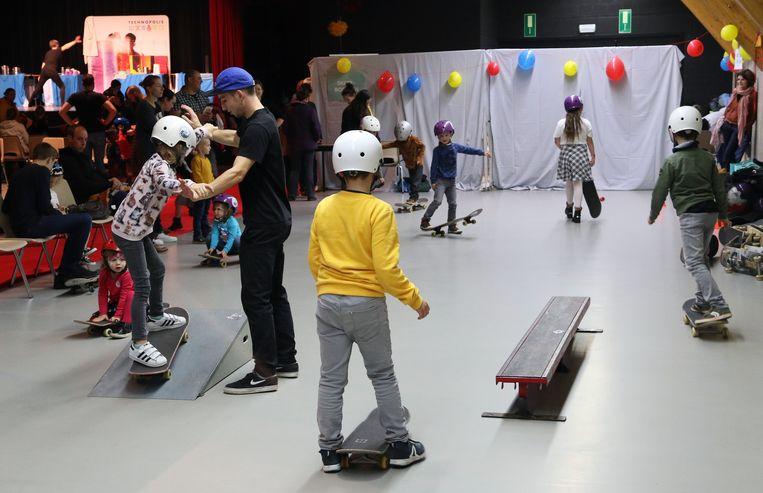 Ook een initiatie skateboarden stond op het programma.