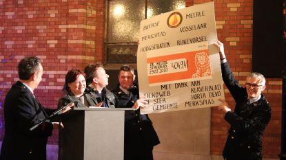 Brandweerkorpsen schenken meer dan 4.000 euro van fakkeltocht aan vzw De Kleine Strijders