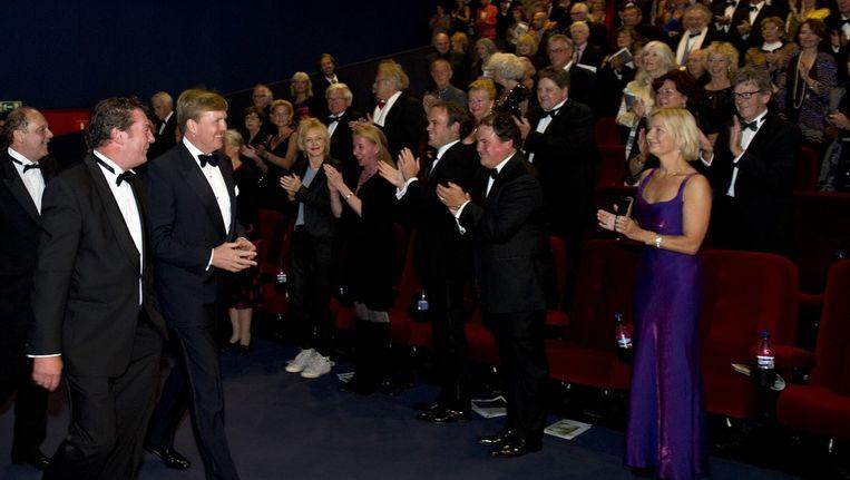 Prins Wilem-Alexander bij de opening van het International Film Festival Film by the Sea in CineCity. Beeld anp