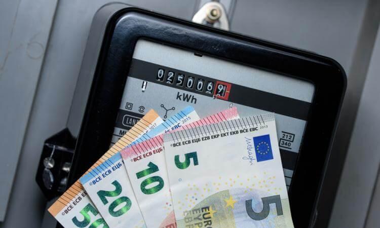 Voilà pourquoi votre électricité peut coûter jusqu'à 200 euros de plus que dans votre commune voisine