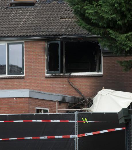 Getuige in zaak brand Papaverstraat: 'Verdachte zei: ik heb even een aansteker langs de bank gehouden'