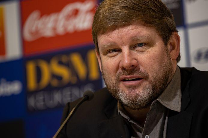 """Hein Vanhaezebrouck op de persconferentie vandaag: """"Ik heb spelers voor hun verantwoordelijkheid gesteld."""""""