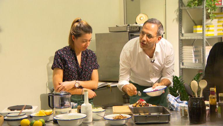 Ottolenghi was gisteren te gast in de Gentse Vooruit. Zijn workshop en lezing waren onmiddellijk uitverkocht.