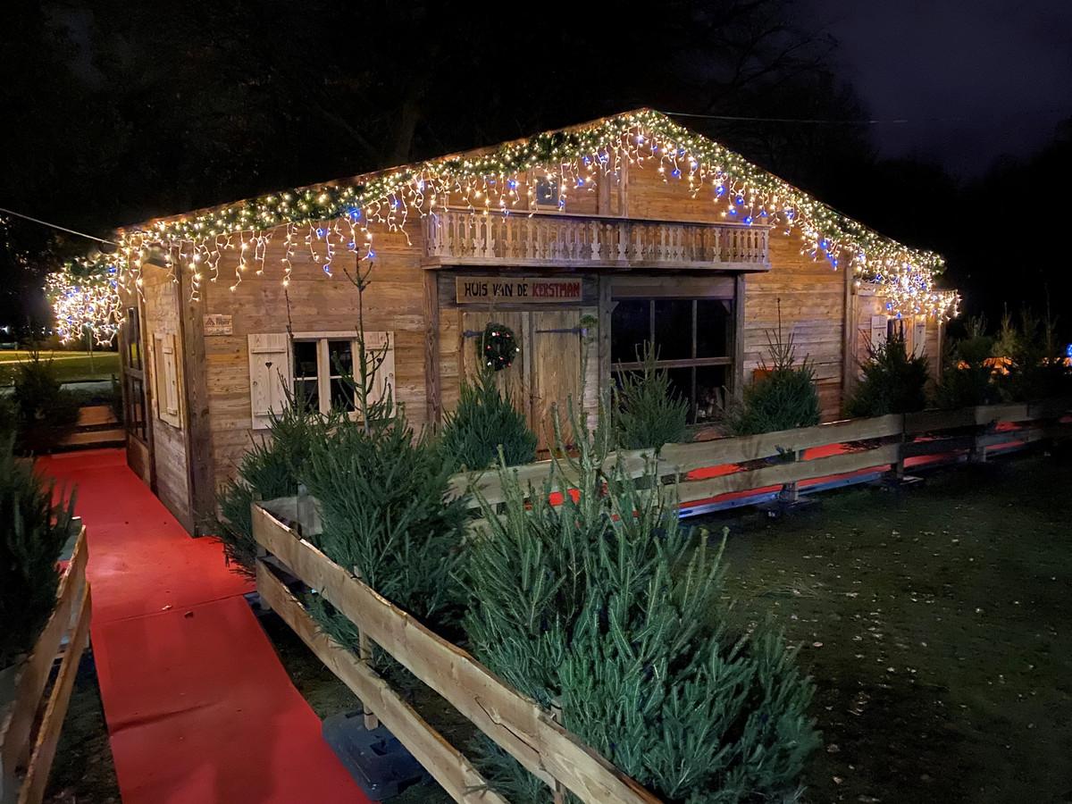 Het Huis van de Kerstman in park Baron Casier is helemaal klaar om ontdekt te worden.