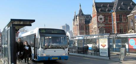Alleen nog pinnen in Amsterdamse bus