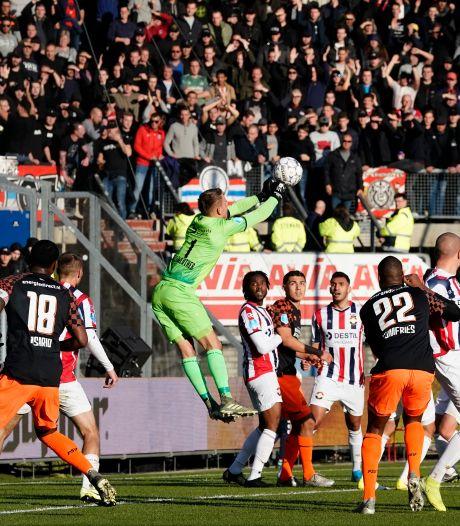 PSV heeft het uit vaak moeilijk bij Willem II, maar thuis wint het al 20 jaar