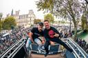 Rudy Peters (rechts) uit Schaijk en Pim van der Hoeven uit Uden vormen samen het management van Roughstate. Zij stonden in september met een eigen truck op Techno Parade in Parijs. Zaterdag 27 oktober staat Roughstate op Ace of Spades in Schijndel.