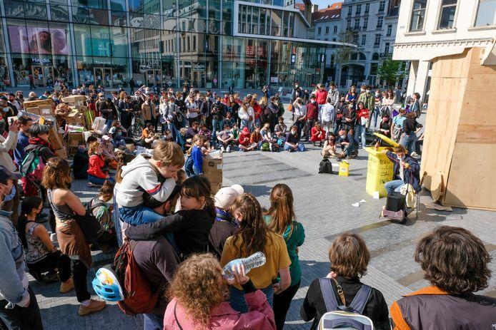 Doel van 'Bezet La Monnaie Occupée': alle activiteiten met een sociale link hervatten en het recht om zich te verenigen - zowel binnen als buiten - herstellen.