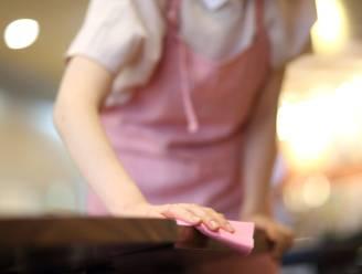 Stelende poetsvrouw (29) die op heterdaad betrapt werd na 'dievenval' krijgt celstraf van 10 maanden met uitstel