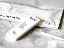Les tests antigéniques arrivent en pharmacie: comment ça marche et où sont-ils acceptés?