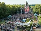 Streep door vuurwerkshow Airforce Festival