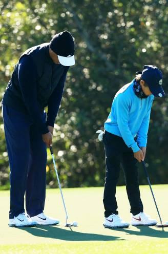 Zo vader, zo zoon: Tiger en 11-jarige Charlie Woods springen in het oog op familietoernooi met identieke swing