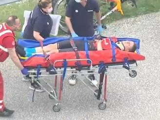 LIVE GIRO. Kopgroep met 15 renners vertrokken na spervuur aan aanvallen, Mohoric afgevoerd naar ziekenhuis na zware val