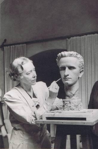Heldin van de loopgraven en vijand van het protocol: Elisabeth, Belgiës favoriete koningin, werd 145 jaar geleden geboren