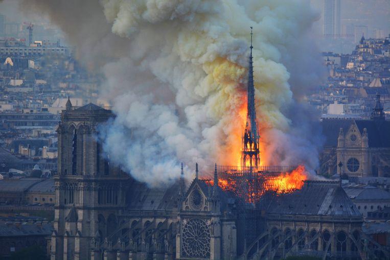 De brand ontstond op zolder. Beeld AFP