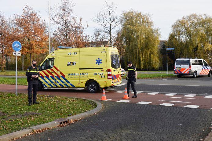De scooterrijder raakte gewond en is naar een ziekenhuis gebracht.