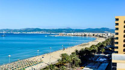 """""""Het kon een nieuw Maddie McCann-verhaal geweest zijn"""": Britten opgepakt nadat ze kinderen achterlaten in hotel om zich lam te drinken op Mallorca"""