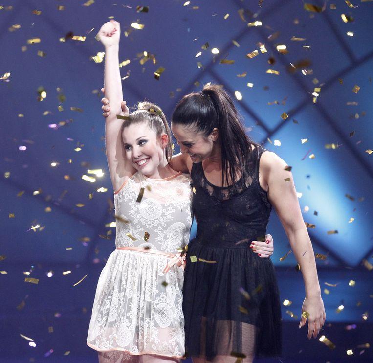 2011-11-27 AALSMEER - Nina (L) wint de finale van So You Think You Can Dance  van RTL5. ANP KIPPA ADE JOHNSON Beeld ANP Kippa