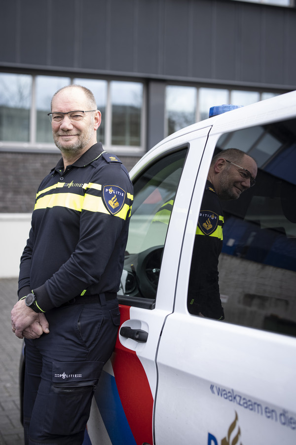 Als politiechef van Almelo was Jos Westerveld zeven jaar lang verantwoordelijk voor de veiligheid in de stad. Hij deed het op zijn eigen manier.