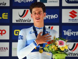 KOERS KORT. Segaert wint Chrono des Nations bij junioren - Dewulf boekt eerste profzege in Frankrijk