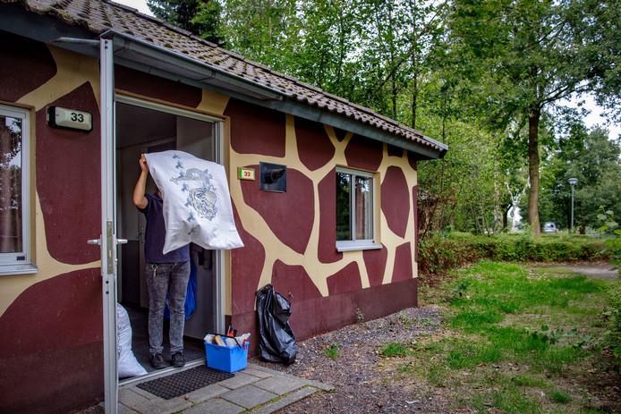 Onder meer de vakantiehuisjes van het type Giraffe worden gerenoveerd.