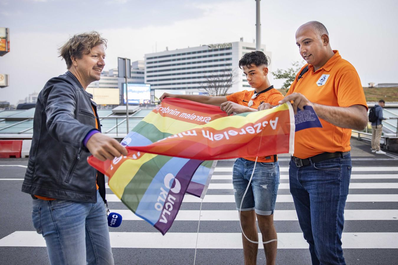 Van Kruistum hoopt fans te overtuigen om zich in Hongarije uit te spreken tegen de anti-homowet.
