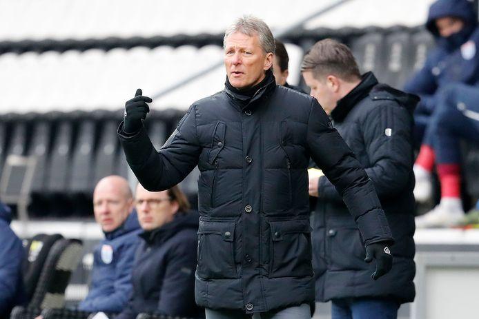 Frank Wormuth blijft nog een seizoen trainer van Heracles. Zijn wens is om niet weer een stap terug te hoeven doen met zijn team, maar ook spelers te hebben die er meteen staan.