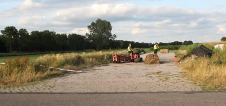 Bestuurder minishovel raakt zwaargewond bij ongeval in Hoge Hexel