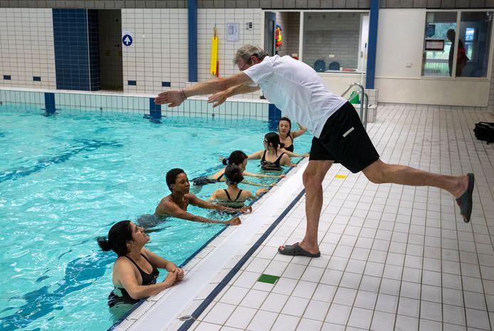 Introductie cursus zwemmen voor internationale studenten op de Technische Universiteit Eindhoven
