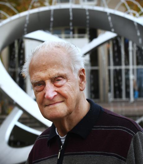 Tijdelijke lift vervult langgekoesterde wens van Jan (92): nog één keer de Dom op