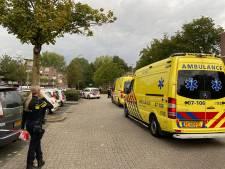 Schietpartij bij winkelcentrum Arnhem: twee gewonden, onder meer politieheli zoekt drie verdachten