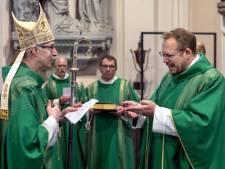 Jochem van Velthoven begint als pastoor in Oosterhout: 'Heilige geest is mijn motortje'