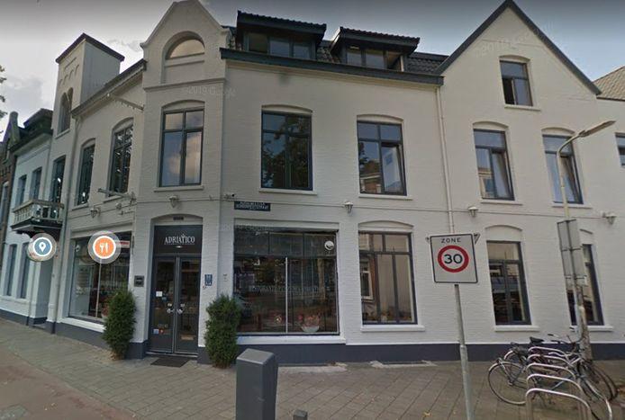 Voormalige restaurant Adriatico aan de Brugstraat in Roosendaal