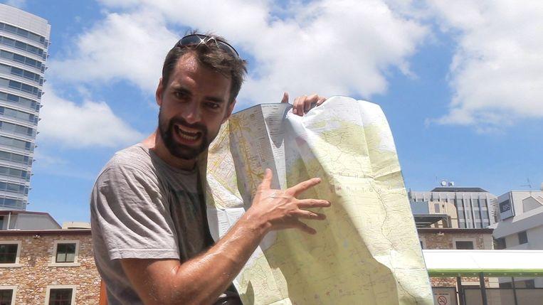 Arne Down Under, Vlog 24: Arne maakt de langste busreis van zijn leven.