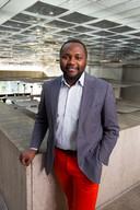 Mpanzu Bamenga in het Eindhovense stadhuis.