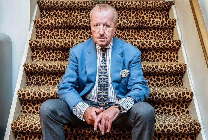 Oud-Tweede Kamerlid voor Forum voor Democratie lid Theo Hiddema in zijn huis en kantoor in Amsterdam.